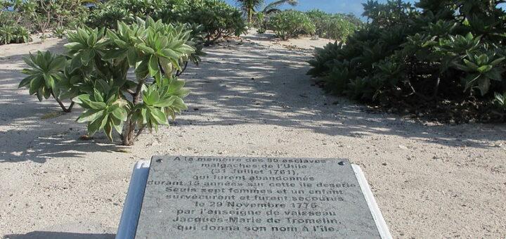 plaque commemorative tromelin